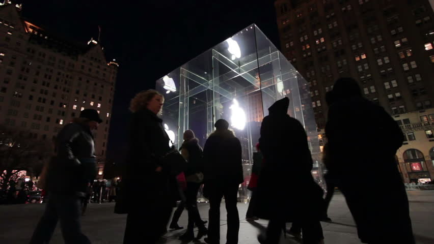 NEW YORK, NY - DECEMBER 23: People at square of Apple store during Christmas weekend on December 23, 2012 in New York, New York. | Shutterstock HD Video #4650491