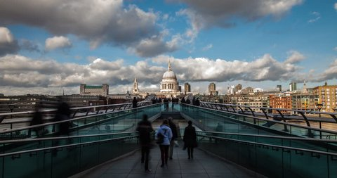 UK 2013 - 4K Time Lapse Of Clouds And People Passing By St Paul's Cathedral In London