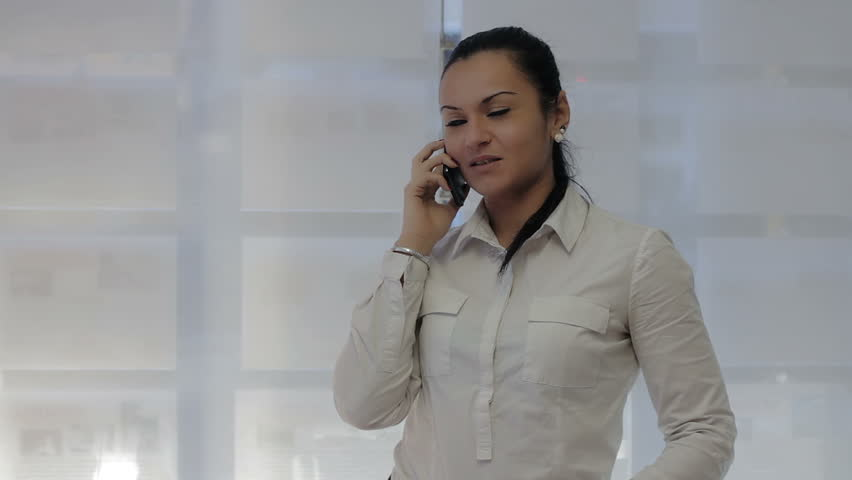 Business woman call | Shutterstock HD Video #6165011