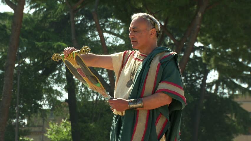 ROME - APRIL 21: Roman orator during Birth of Rome celebration on 21 April 2014, Rome (Italy)