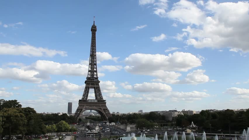 Eiffel tower During a Beautiful Day