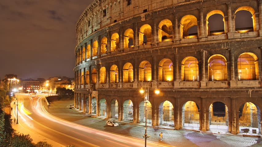 Rome: the Colosseum time lapse night