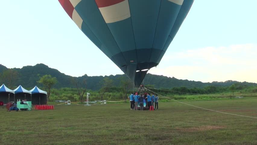 Hualian, Taiwan-10 July, 2013: Hot air balloons preparing for flight