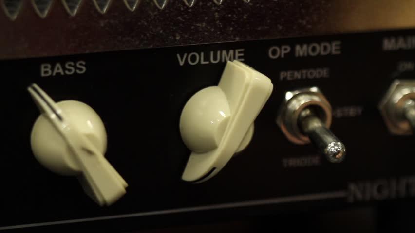 Header of amp