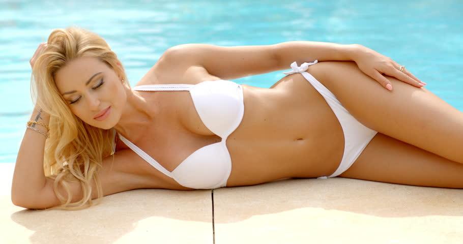 Side clip bikini